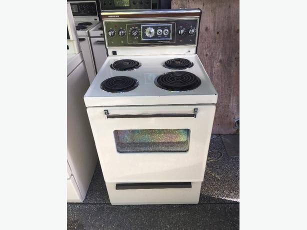 """Moffat 24"""" apartment size stove Saanich, Victoria"""