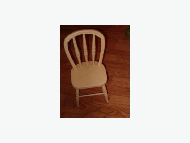 wooded doll chair or , teddy bear ,