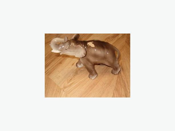 elephant figurine,