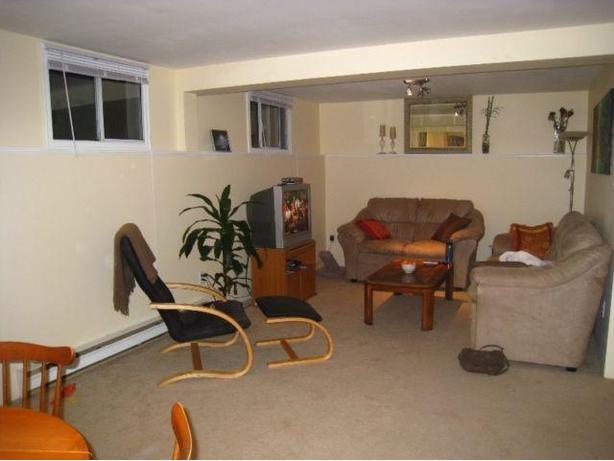 charming 1 bedroom basement suite for rent