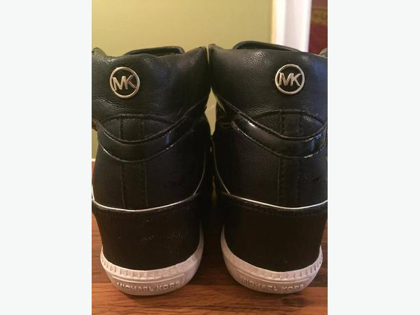 Michael Kors Wedge Sneakers SIZE 8