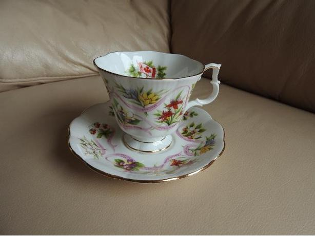 Teacup/Saucer - Provincial Flowers - NEW