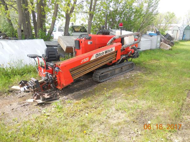 DITCHWITCH JT 920 DIRECTIONAL DRILL