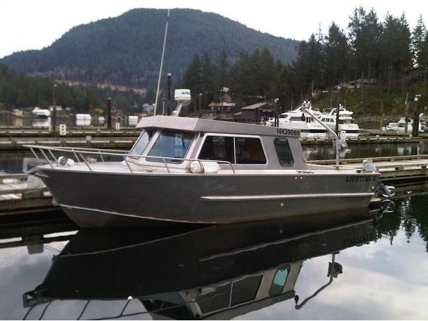 Lifetimer 24.5' Aluminum boat for sale -diesel