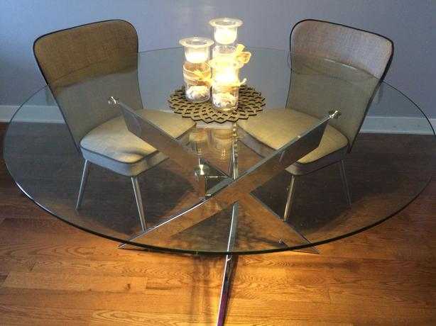 Modern round glass and chrome dining table 55""