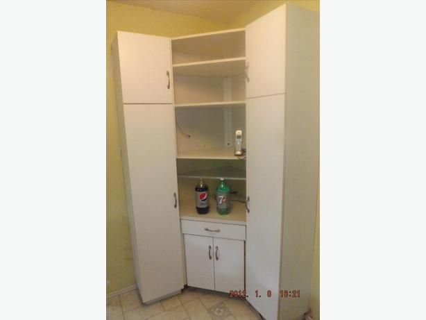 3 piece cabinet Storage unit