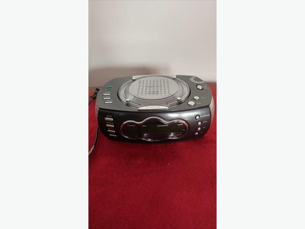 Radio Alarm Clock - Nexxtech