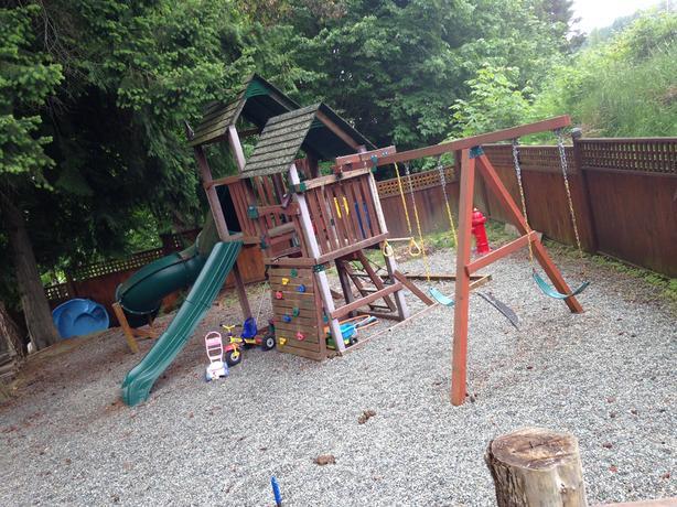 Tube Slide Playground Set, Trundle Bed, Kids Furniture, Toys