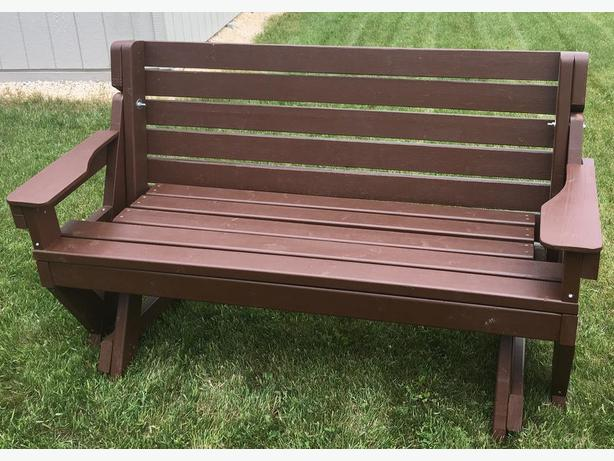 Convertable Bench & Picnic Table