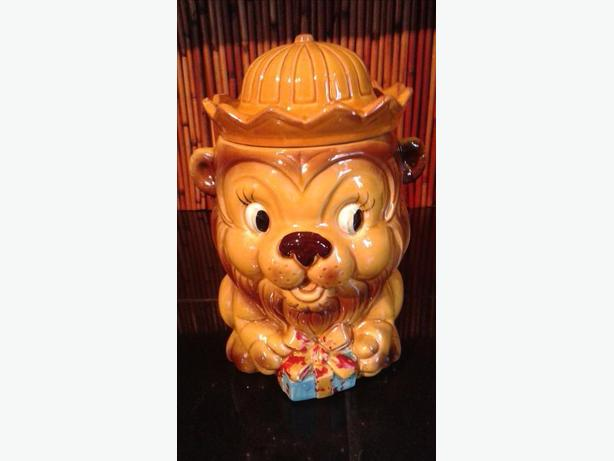 Vintage 1960's  Lion With Gift/present Cookie Jar ceramic  Cute Whimsical