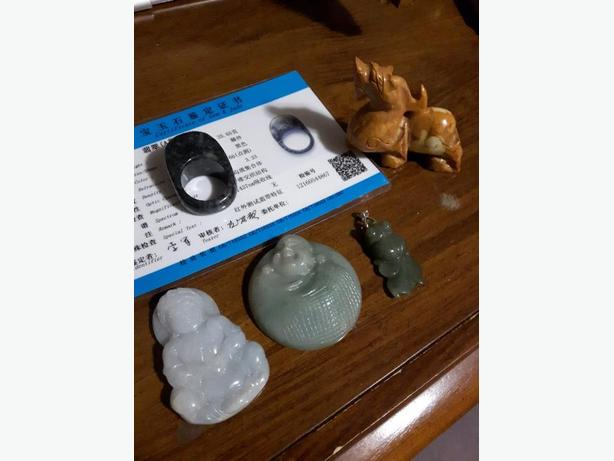5 peice jade pendants, ring, small Pixiu