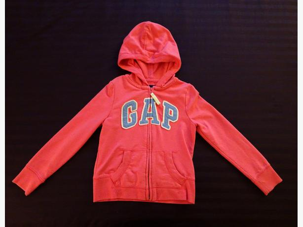 GAP - Coral Hoodie - Size 6-7 (Small)