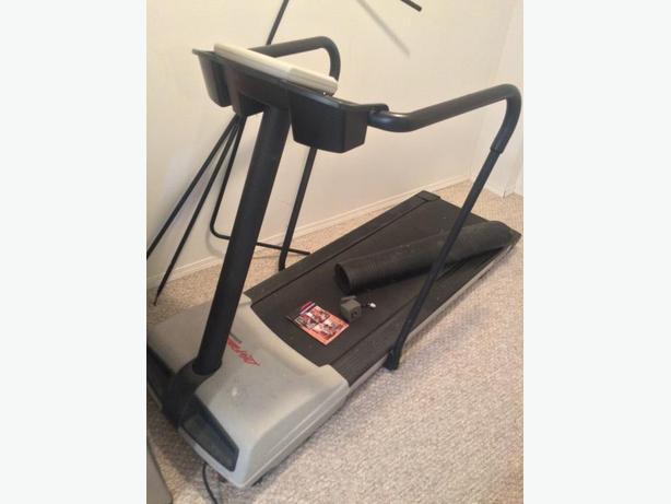 Treadmill, Life Fitness