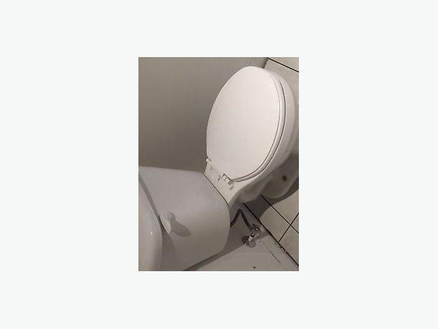 Toilet/ Toilette