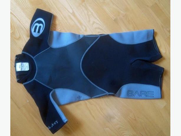WetSuit ~ Bare junior size 10