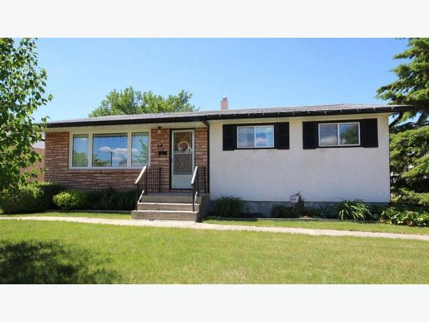 3 Bedroom Home in West Transcona