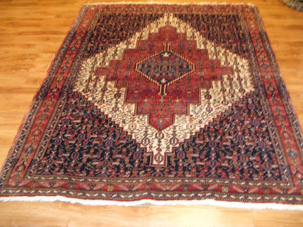 SENEH Persian Rug
