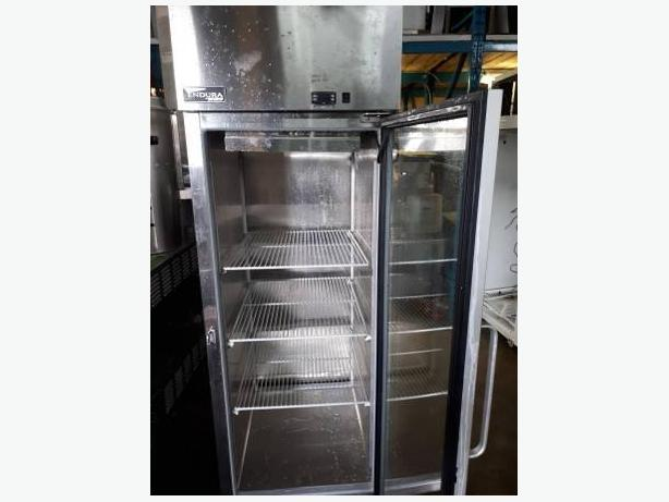 MB-Master Bilt Refrigerator ( Almost New with warranty )