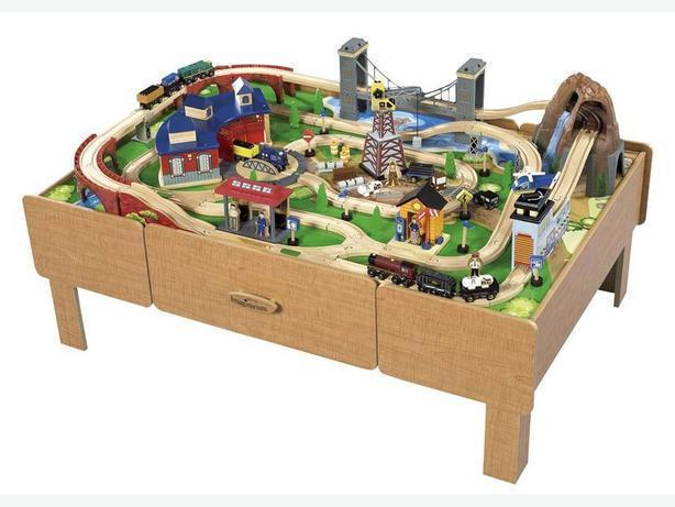 Imaginarium Classic Train Table With Roundhouse Wooden