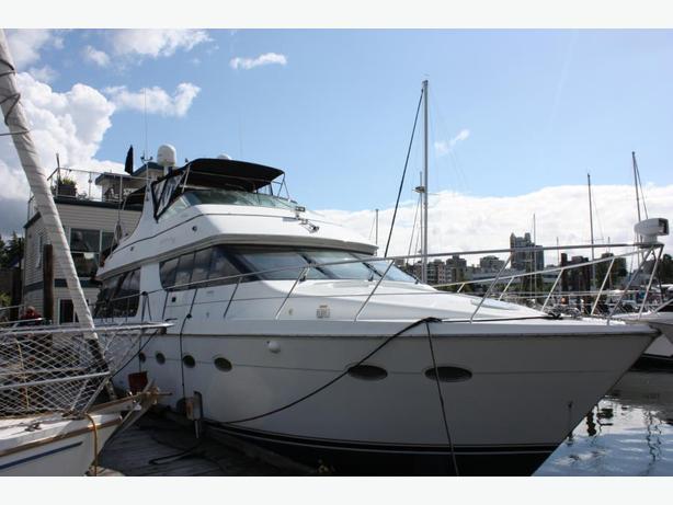 2001 Carver 570 Pilothouse 57 Feet Motor Boat