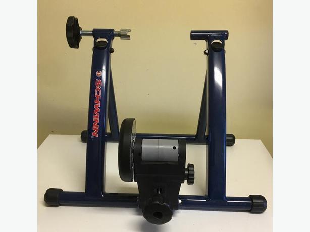 Schwinn Magnetic Indoor Bike Trainer Spinner Saanich Victoria