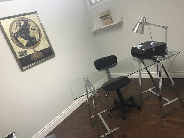 Modern Beautiful Desk
