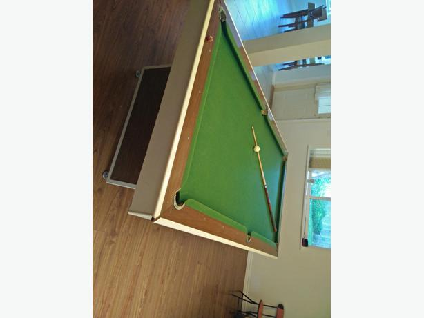 Unique Pool Table Similar To The Hard Chinese Ball Table - Chinese pool table