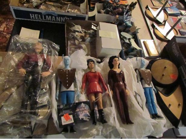 """""""STAR TREK"""" collectable figures"""