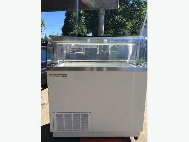 Kelvinator Ice-cream Deeping Cabinet