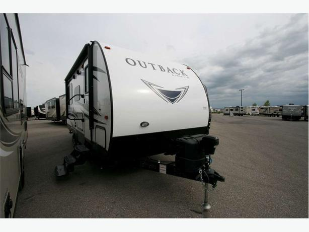 2018 KEYSTONE RV OUTBACK TT 210URS
