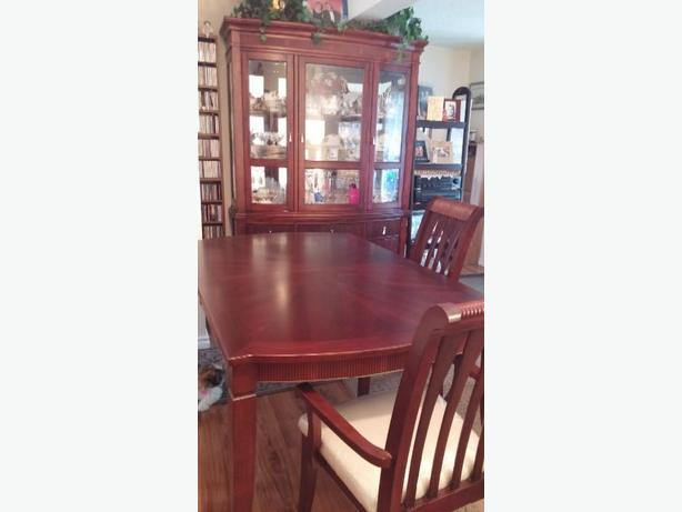 Cherry Wood Dining Room Set 800 FIRM
