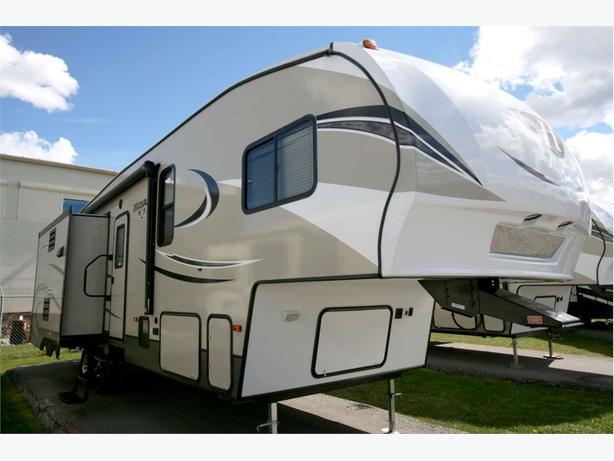 2017 KEYSTONE RV HIDEOUT 5W 299RLDS