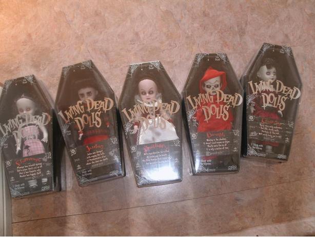 Series 15 Mezco Variant Living Dead Dolls