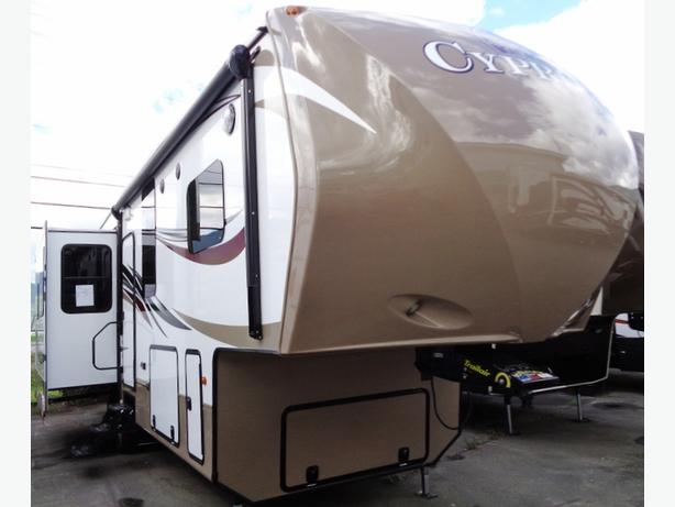 2016 Redwood Cypress CY36CRL  Luxury 5th Wheel