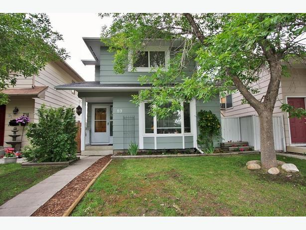 Fabulous Sundance Home Just Steps Away From The Lake!