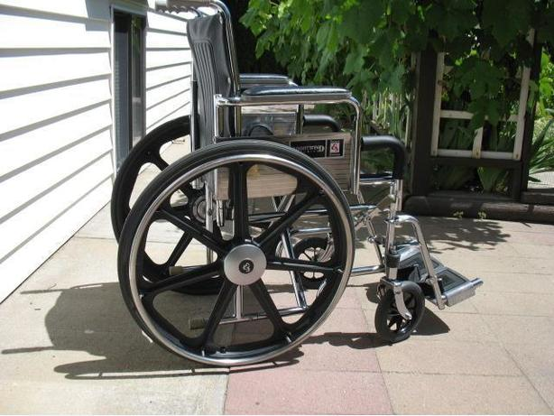 EVEREST JENNINGS NORTHWIND PREMIER WHEELCHAIR FOR SALE