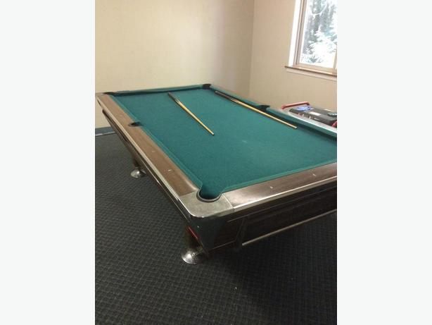 Fischer 4'x8' Slate Coin-Op Pool Table and Table Tennis