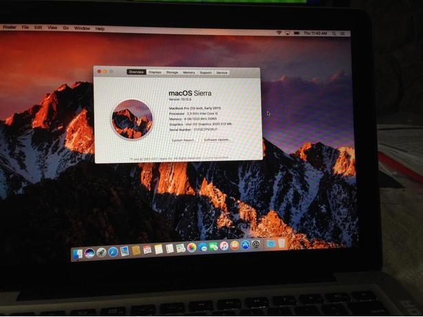 MacBook Pro 13.3, 8GB RAM 256 SSD