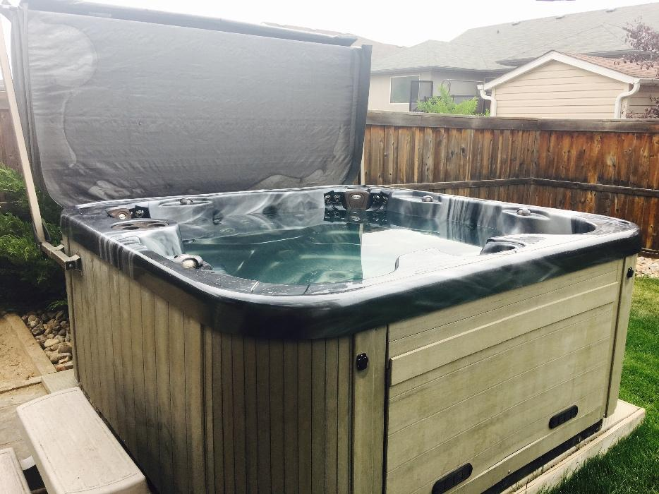 Coast spa hottub freedom spa east regina regina for Adagio salon golden valley