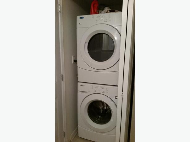 Front load/Washer & Dryer Whirlpool WFW9050X White