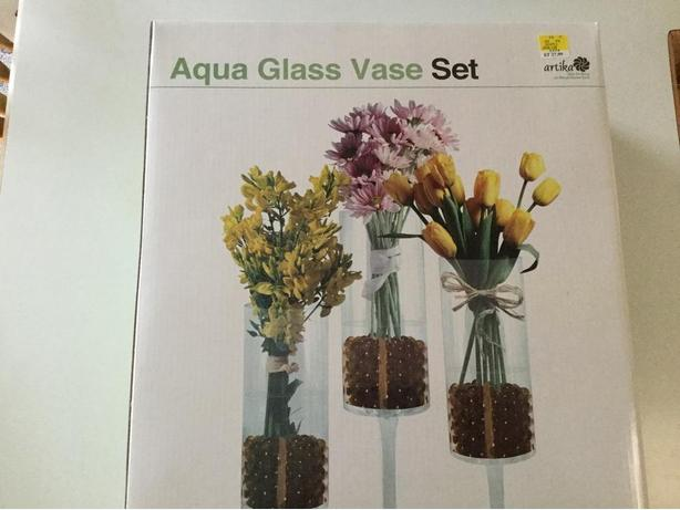Aqua glass vase set