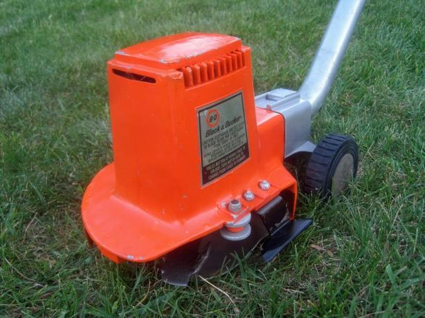 Lawn Edger & Trimmer ~ B&D B-278