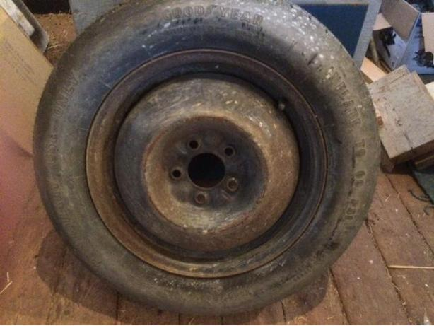 FREE: CHRYSLER , DODGE, PLYMOUTH VOYAGER -SPARE TIRE w. rim