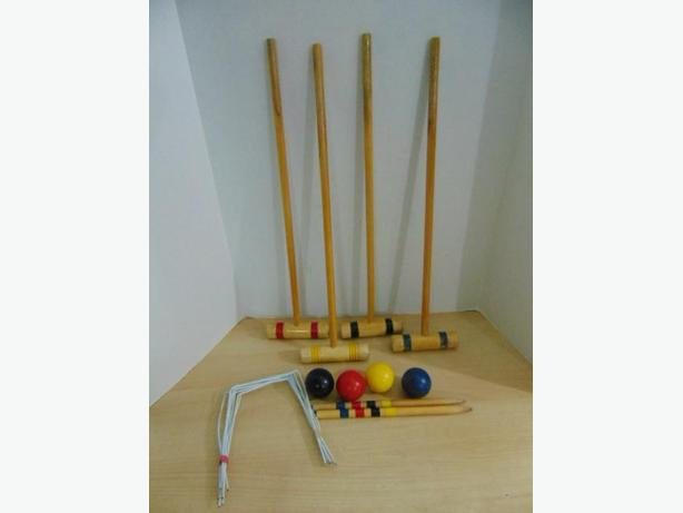 Croquet 4 pc Family Wood Set Complete