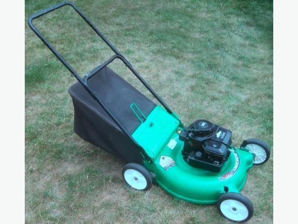 Lawnmower ~ Mulching w/ bag