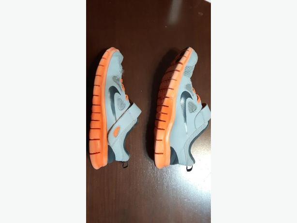 Nike Runner Size 3Y