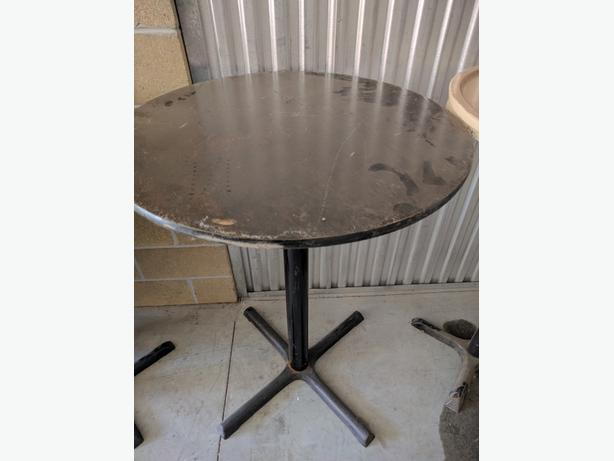 """USED FOLDING TABLES - WOOD TOP, METALLIC LEGS, STRONG, CIRCULAR TABLES 54/48"""""""