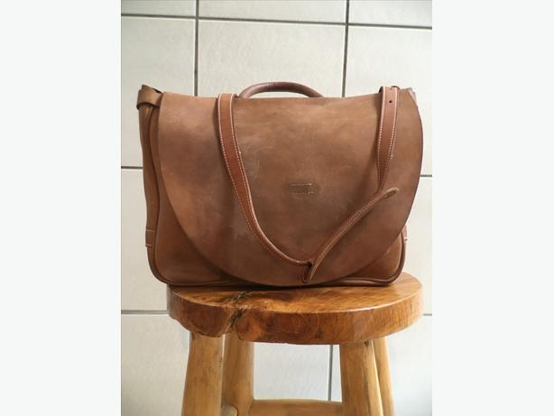 J peterman mailbag of cash