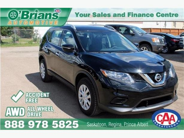 2015 Nissan Rogue S - Accident Free! w/AWD