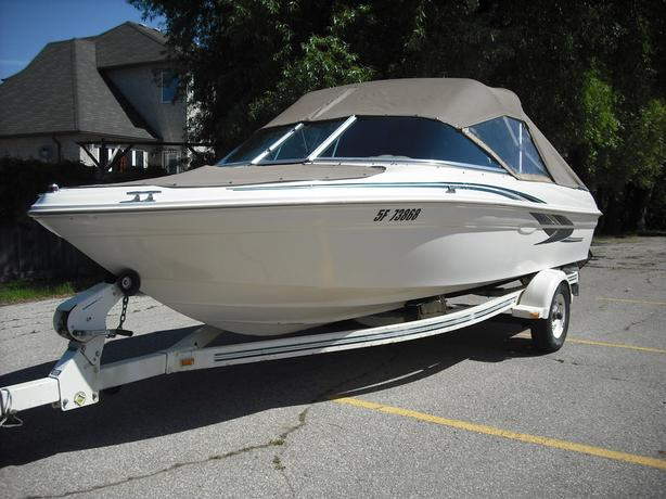 Sea Ray 180 Bow Rider with trailer in beautiful condition!